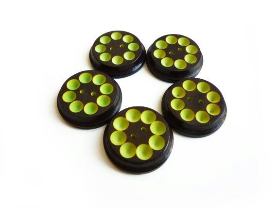 5 Lime Green & Chocolate Brown Vintage Buttons, French Retro Buttons, Spotted, Carved