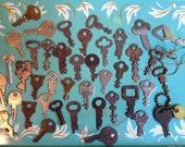 Collection of 104 vintage keys
