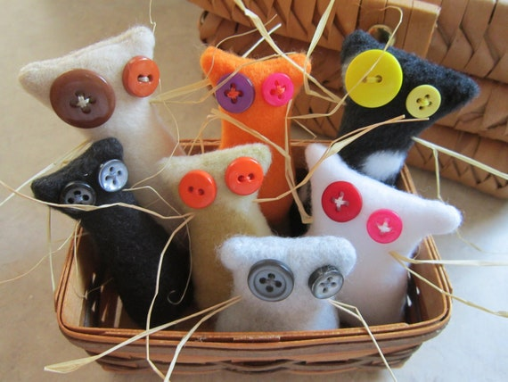 Tiny Cat Miniature Doll Plush - Perfect for your Dollhouse - Mini Kittie Whiskers