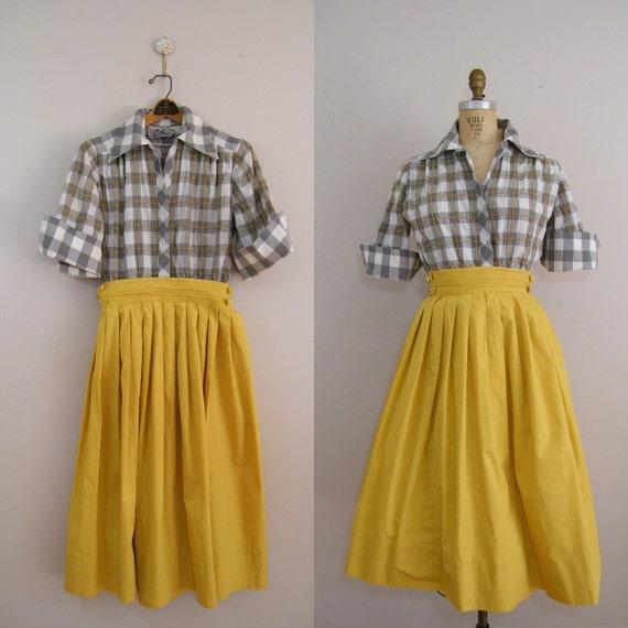 Vintage 1950s Dress / Day Dress / Full Skirt
