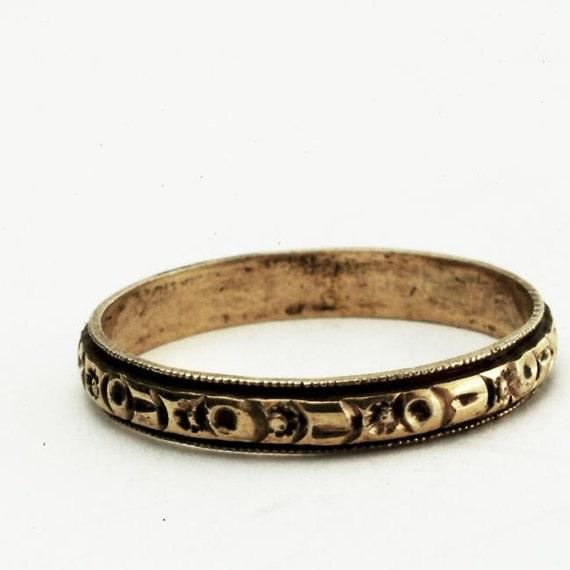 Victorian 14K Gold Antique Wedding Band, Size 8.25 (V132)