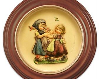 1980  Hummel Anniversary Plate No. 281Ring Around The Rosie Spring Dance