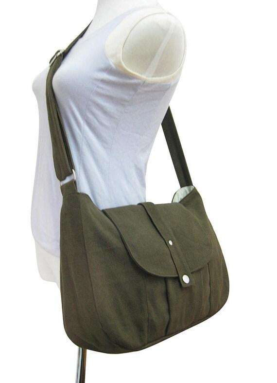 Olive cotton canvas bag / messenger bag / shoulder bag / everyday bag / diaper bag / cross body bag - 6 pockets