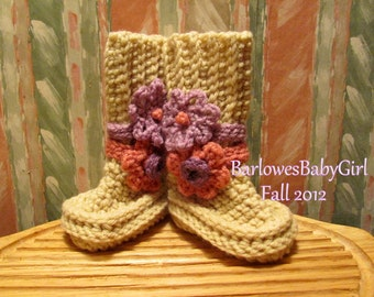 Buggs -  Crochet Baby Booties in Heather w/ Detachable Pink and Lilac Flowers