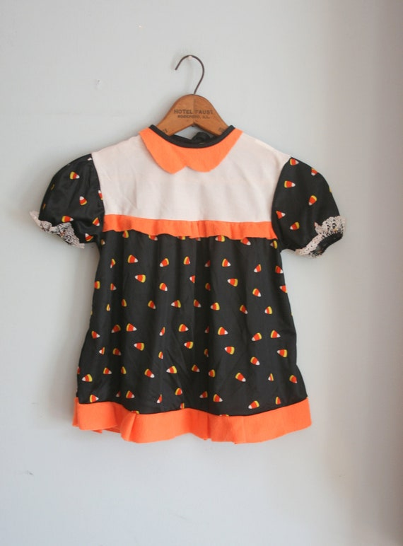 SALE//  Halloween Candy Girls Costume....size 2 girls....kids. children. candy. orange. black. cat. spooky. witchy. costume. holiday. retro