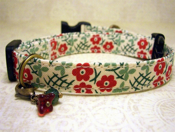 Small mini  dog collar - Red Daisies on an Off White Background with a Flower and Jasper Charm on Antique Brass