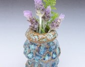 Small flower vase with ocean imprints