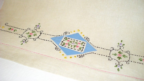 "Vintage Embroidered and Appliqued Linen Towel  27"" by 18"""