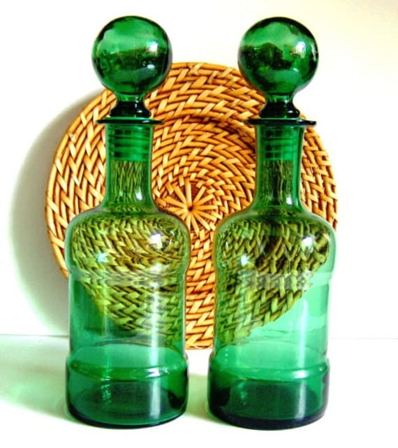 Set of 2 Vintage 1970s Green Glass Bubble Top Decanters  Stopper Top Large Glass Decanters
