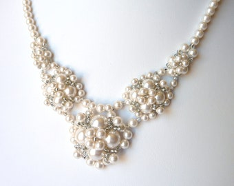 Bridal Necklace, Pearl Bridal Necklace, V Necklace, Bridal Jewelry, Wedding Necklace, Backdrop Necklace, Wedding Jewelry, WHITE or IVORY
