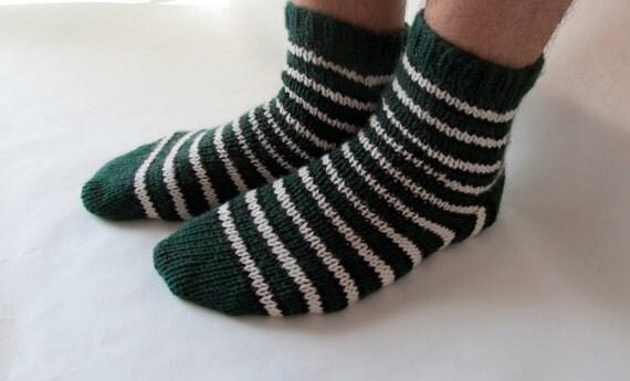 M-L hunter  green, black & cream wool striped lounging socks