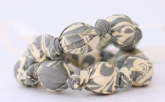 Breastfeeding Necklace in Gray & Ivory Swirl