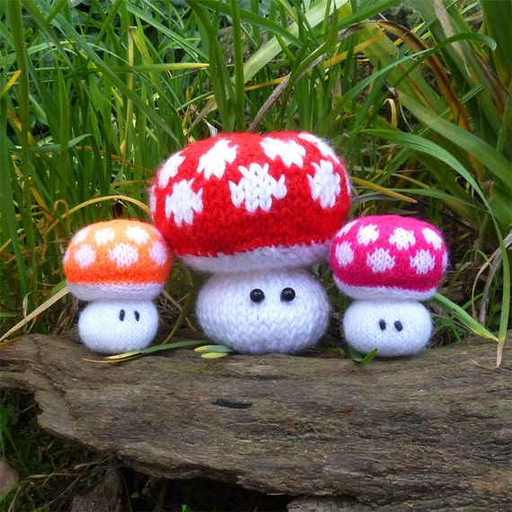 Amigurumi Knit Pattern Mushroom Toy - Softie or Pincushion - PDF Toadstool knitting polka dot - Instant Download