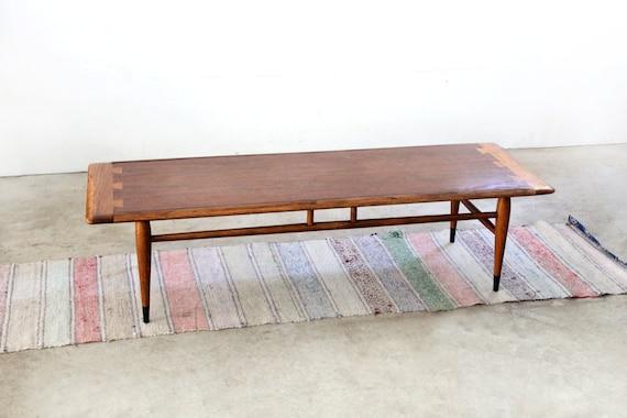 mid century coffee table 1960s lane acclaim table. Black Bedroom Furniture Sets. Home Design Ideas