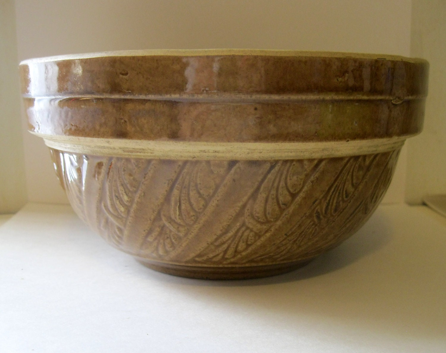 Vintage Usa Pottery Mixing Bowl Great Design