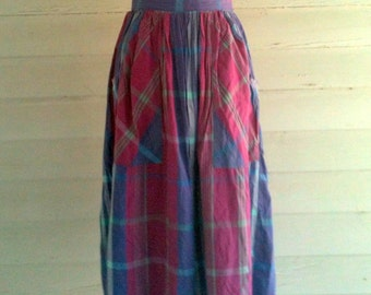 Vintage Skirt - 1980s PLAID Lightweight Summer Skirt with Deep Pockets