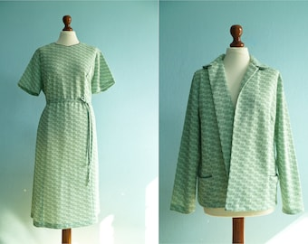 Vintage Two Piece Mint Green / Seafoam Green Pastel Green Dress Suit / Dress Jacket / Day Dress / Midi / medium