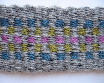 hand-woven wool guitar strap