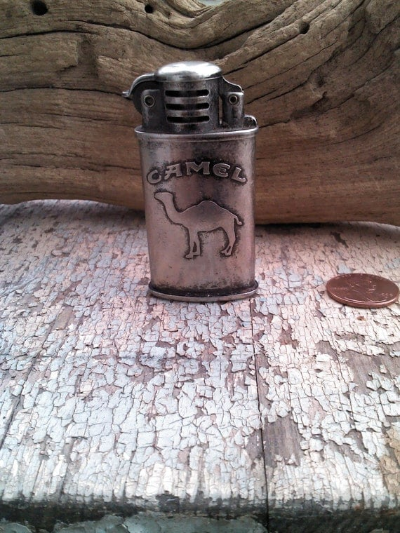 vintage camel silver toned cigarette lighter by. Black Bedroom Furniture Sets. Home Design Ideas