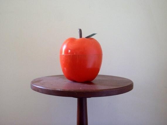 Vintage Covered Serving Bowl Apple Shaped Fruit Salad Insulated Cold Bowl