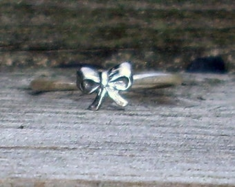Little Bow- Sterling Silver and Brass -Stacking Ring