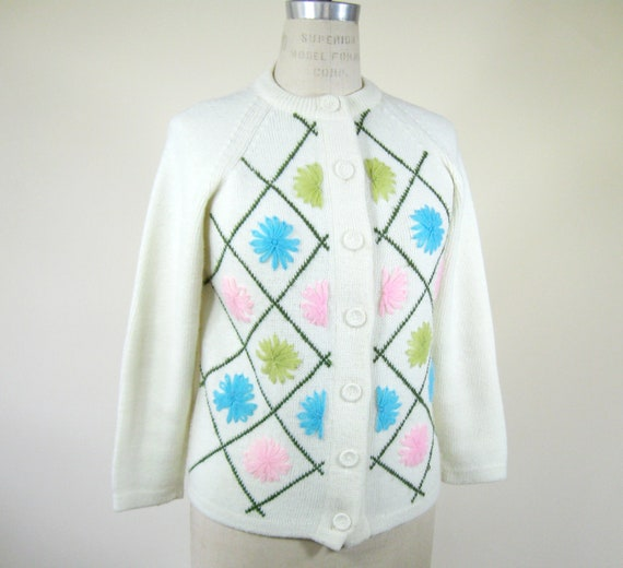 60s Floral Embroidered Cardigan Granny Chic Sweater Womens Medium