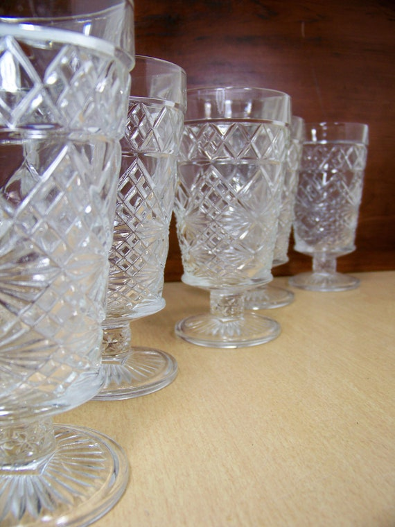 Vintage Big Top Footed Peanut Butter Glasses Gothic Atlas