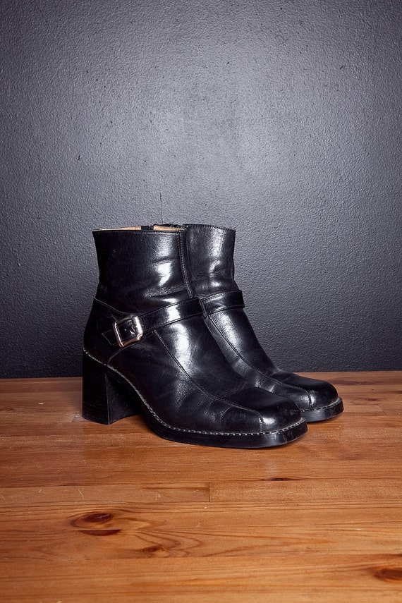 90s chunky black leather platform buckle boots 9