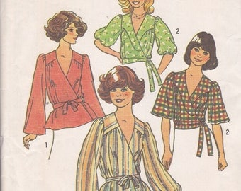 Cute 1976 Front Wrap Tops Sewing pattern Size Small 8-10 Simplicity 7351