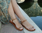 Lovely and Delicate Toe  Ring Ankle Strap With Design Barefoot Sandals - Dream With Pattern