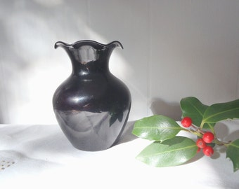 Vintage Deep Purple Glass Vase with Decorative Ruffled Edge 4-1/8 Inches Tall Cottage Chic Decor Small Vase