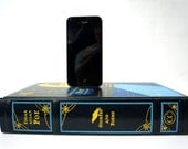 Edgar Allan Poe booksi Charging Dock for iPhone or Android - Leather