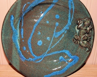 Pottery gecko plate, pottery dish, salamander, lizard plate, serving dish