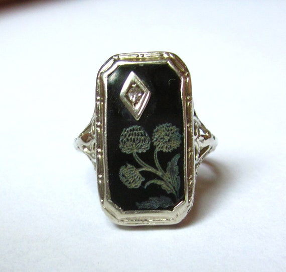 SALE- Antique Art Deco Etched FLOWERS Onyx and Diamond Flapper 14k RIng
