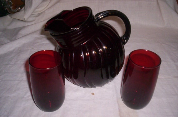 vintage anchor hocking ruby red glass pitcher 8 tumbers