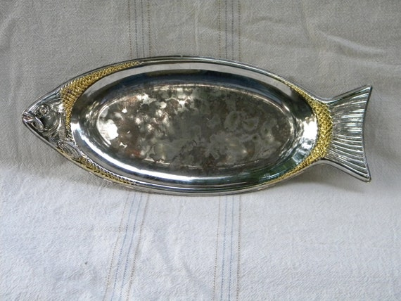 Fish platter silver plated serving dish supplies by heyjunkman for Fish serving platter