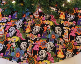 "Dia de los Muertos Tree Skirt, Day of the Dead Christmas Tree Skirt, Los Novios, Day of the Dead Wedding Gift, 42"" Diameter Xmas Tree Skirt"
