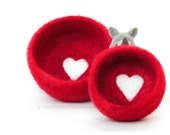 Free Shipping - Nesting bowls / Felted bowls / Jewelry holder / wedding favor / Red vessel with heart