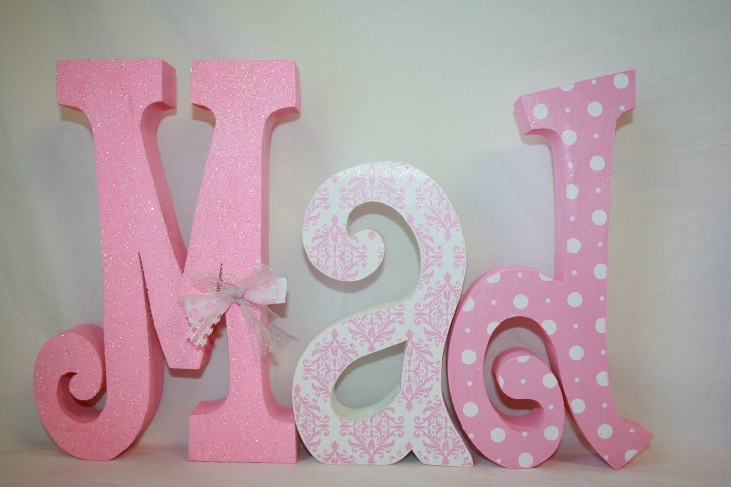 Girl Decor Pink And White White Polka Dots 7 Letter Set
