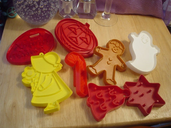8 Vintage Plastic Cookie Cutters