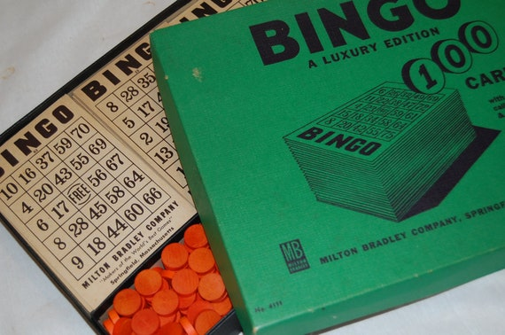 Vintage Bingo Game Set - Green Box with Red Markers
