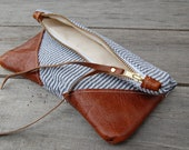 T R A V E L collection Grey and white striped pouch with leather corners