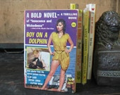 Boy On A Dolphin Sophia Loren Film tie-in Pulp Fiction w/ Wonderful Cover Art