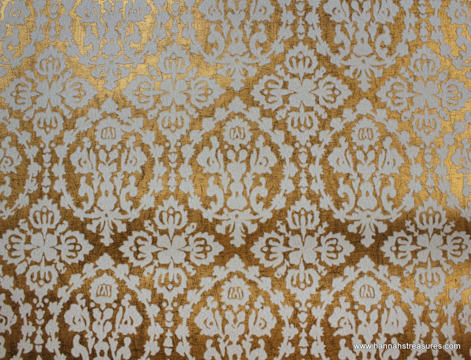 1970 39 s vintage wallpaper white flocked damask on metallic