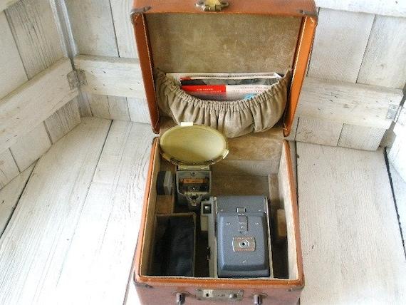Vintage Polaroid Land camera model 80 leather case accessories