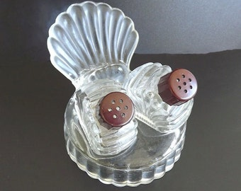 Salt and Pepper Shaker Set Vintage Tray Molded Glass Retro 1940 Serving Dishes Collectible Decor