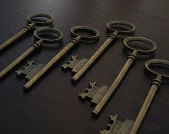 "Rowling - Skeleton Keys 26 Antique Bronze Brass Skeleton Key Pendants Large 3"" Skeleton Key Charms Vintage Style Key Set Bulk Skeleton Keys"