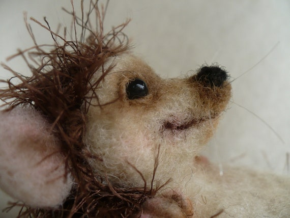 Needle felted Hedgehog, Collectible OOAK, by Grannancan