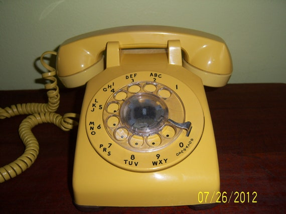 Vintage AT&T Yellow  Rotary Dial Desk Telephone
