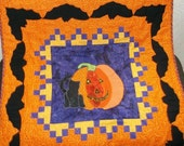 Halloween Cat and Pumkin Wallhanging